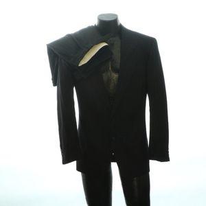Giorgio Armani Mens 2 Button Suit 36R Pinstripe Pl
